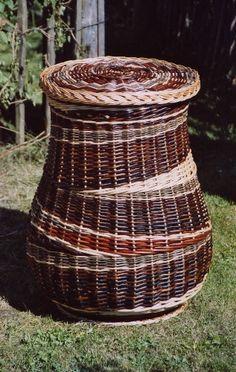 Laundry basket by Dieter Deringer