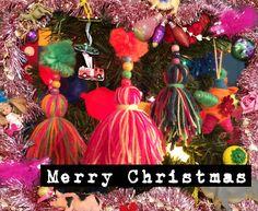 Wow! Wil jij deze kersthangers ook in je boom? Dat kan. De knutselzussen laten in hun video zien hoe je deze prachtige hangers maakt. www.youtube.com/knutseltv
