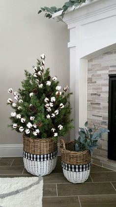 Are you looking for inspiration for farmhouse christmas tree? Check this out for perfect farmhouse christmas tree inspiration. This specific farmhouse christmas tree ideas seems completely terrific. Christmas Decor Diy Cheap, Farmhouse Christmas Decor, Christmas Home, Christmas Holidays, Christmas Crafts, Holiday Decor, Farmhouse Decor, Christmas Tree In Basket, Buffalo Check Christmas Decor