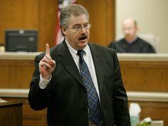 Making a Murderer: Filmmakers Respond to Steven Avery Prosecutor Ken Kratz : People.com