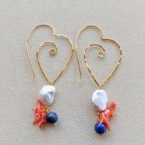 Orecchini  cuore martellato placc oro perle corallo lapis
