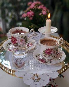 Good Morning Coffee, Coffee Time, Anthropologie Rug, Cute Good Night, Tea Cafe, Good Day Quotes, Turkish Coffee, Couple, Food Art