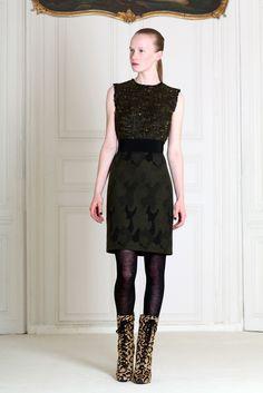 Giambattista Valli Pre-Fall 2011 Fashion Show - Jenny Sinkaberg