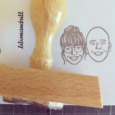 Custom Portrait Stamp @lilimandrill www.lilimandrill.fr #etsy #coupleportrait #EtsyGifts #EtsySuccess #etsywedding #wedding #mariage #bride #diy #couple #stamp #giftforcouple #handmade #gift #weddinggift #invitations #invites #etsylove #engagement #bride