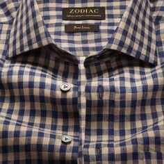 Formal Shirts For Men, The Office Shirts, Bespoke Shirts, Branded Shirts, White Shirt Outfits, White Shirts, Best White Shirt, Dark Blue Suit, Zodiac Shirts