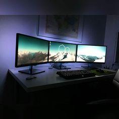 http://www.computerrepairlasantamonica.com/computer-repair-santa-monica-los-angeles.html - Computer repair Santa Monica   Los Angeles at 310-392-4840, No Sweat !!! Computer Consultants likes this clean 3 monitor setup. What do you think?