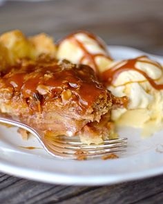 So, this apple pie is probably looking familiar. The only difference is that last time I made it , I was too impatient to let it c...