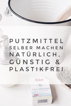 Plastikfrei putzen: so machst du alle Putzmittel selber. Natürlich, günstig & … Plastic cleaning: so you do all the cleaning agents themselves. Of course, cheap & zero waste Cleaning Recipes, House Cleaning Tips, Spring Cleaning, Cleaning Hacks, Cleaning Supplies, Diy Hacks, Cleaning Screens, Cleaning Painted Walls, Cleaning Agent