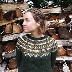 The handknit pine green fair isle is now up on our Ways of Wood Folk Etsy! These colours are so perfect for the coming cooler months 🍂… Fair Isle Knitting Patterns, Knitting Designs, Knit Patterns, Mosaic Knitting, Hand Knitting, Nordic Sweater, Icelandic Sweaters, Preteen Fashion, Gamine Style