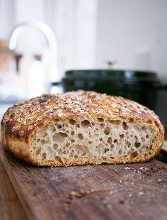 Grydebrød, recipe in Danish Rye Bread Recipes, Dutch Oven Recipes, Fun Baking Recipes, Real Food Recipes, Yummy Food, Savoury Baking, Bread Baking, Kitchenaid, Danish Food