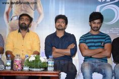 Jilla Success Meet - D. Imman Musical - Photo_14   www.immancomposer.com www.facebook.com/theimmanity www.twitter.com/imman_composer www.linkedin.com/in/immancomposer www.youtube.com/ImmanComposer