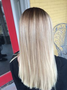 Blonde stretched root