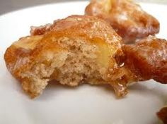 APPLE FRITTERS Golden Corral Copycat Recipe Makes Fritters cup milk 1 egg 2 tablespoons melted butter 1 tablespoon or. Apple Fritter Cake, Apple Fritter Recipes, Apple Recipes, Egg Recipes, Dessert Recipes, Recipies, Fruit Recipes, Yummy Recipes, Cookie Recipes