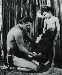 Johnny Weissmuller, Maureen O'Sullivan, Johnny Sheffield in Tarzan Finds a Son! (1939)