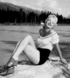 Marilyn Monroe Collection - Marilyn Monroe in Canada, 1953.