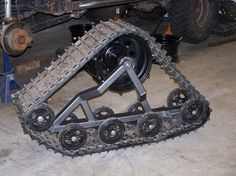 Tracks that I'm building for my jeep Truck Mods, 4x4 Trucks, Homemade Tractor, Metal Shop, Chenille, Mini Bike, Metal Fabrication, Truck Accessories, Go Kart