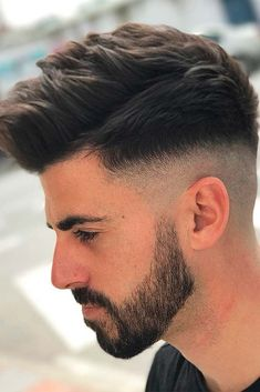 Long Comb Over Fade Haircut Messy Textured Top ❤️ Many barbers think that once a man opts for a Medium Fade Haircut, Comb Over Fade Haircut, Types Of Fade Haircut, Low Fade Haircut, Mens Haircut Styles, Haircut Men, Mens Messy Hairstyles, Combover Hairstyles, Haircuts For Men