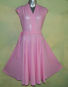 M Vintage 70s Candy Pink Full Skirt Dress Disco Diva by wyogems