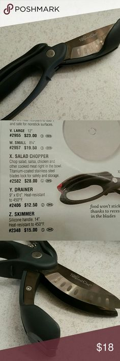 Pampered Chef salad chopper Brand new,  good for cooked meats also! pampered Chef Other