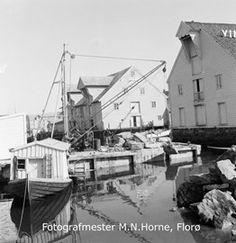 Florø by, hamneområde i indre hamn ved moloa. Båten midt på bilde er dykkerbåten til Svein Seljeseth. Haavebua og Døsenbua lengst til høgre. Opera House, Building, Travel, Pictures, Viajes, Buildings, Destinations, Traveling, Trips
