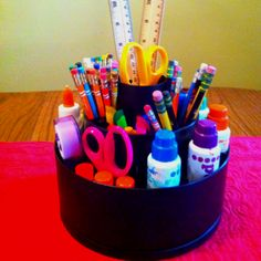 Pampered Chef Tool-Turn About Carrousel is an AWESOME art supply organizer…