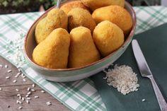 Aranciotti (Fried rice croquette)
