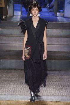 Antonio Marras Fall 2019 Ready-to-Wear Fashion Show - Vogue Urban Fashion, Fashion Art, Runway Fashion, Fashion Brands, Womens Fashion, Fashion Black, Fashion Edgy, Fashion Boots, Fashion Design