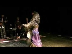Wookiee Bellydance to Klingon Accompaniment (by Deserae Le Roux + Il Troubadore Klingon Music Project, at Raks Geek)