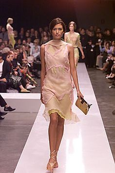 Fendi | Spring 2000 Ready-to-Wear Collection