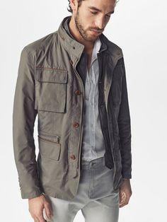 Grey field jacket - paul ferrari for massimo dutti men's fashion in 20 Gray Jacket, Jacket Style, Tobias, Massimo Dutti Hombre, Mens Fashion Sweaters, Casual Wear For Men, Moda Casual, Sweaters And Jeans, Field Jacket