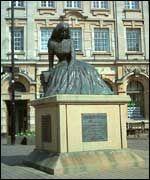 George Eliot Walking Tour, Nuneaton