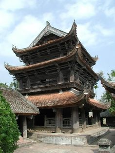 Keo temple's bell tower, first erected in the century. Asian Architecture, Ancient Architecture, Japanese Pagoda, Beautiful Vietnam, Temple Bells, Gothic Interior, Building A Tiny House, Traditional Art, Building Design