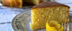 Κέικ με λεμόνι, ο τέλειος τρόπος για να αναδειχθεί η δυνατή γεύση και το άρωμα του λεμονιού μέσα απο ένα γλυκό κέρασμα Cornbread, Ethnic Recipes, Food, Meals, Corn Bread, Yemek, Eten