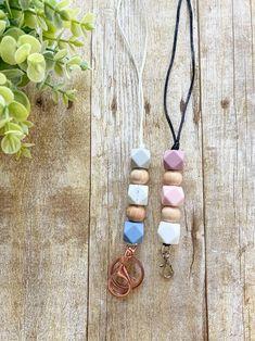 Silicone Bead Lanyard | Etsy Beaded Lanyards, Sweet Peach, Name Bracelet, Cute Bracelets, 3 Things, Head Wraps, Color Pop, Beads, Etsy