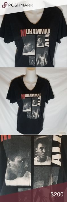 """EUC Rare DOLCE & GABBANA Mohammad Ali Top Xl EUC Rare DOLCE & GABBANA Mohammad Ali Top Xl. 100% authentic. Size 50 (italian) which converts to xl in women's but please refer to measurements. Chest is 21"""" and total length is 28.5"""" Dolce & Gabbana Tops Tees - Short Sleeve"""