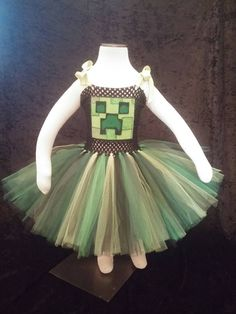 Minecraft tutu dress by Fancythatcreation on Etsy https://www.etsy.com/listing/226785972/minecraft-tutu-dress