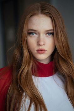 Time for 66 Beautiful Redhead Girl photos. Something about Redheads the cheer me up Beautiful Red Hair, Beautiful Redhead, Beautiful Women, Natural Redhead, Gorgeous Girl, Redhead Hairstyles, Female Character Inspiration, Ginger Girls, Redhead Girl