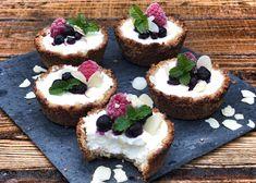 Plněné košíčky - Fit s Marcelou   Marcela Hrbáčková   Nutriční poradkyně Marceline, Cheesecake, Fit, Cheesecake Cake, Cheesecakes, Cheesecake Bars
