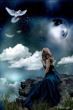 I'm most excited to bring you Moonsong Daily Magick. I am a Wiccan Priestess, and highly gifted empath. Foto Fantasy, Fantasy Magic, Gothic Fantasy Art, Beautiful Fantasy Art, Beautiful Moon, Fantasy Photography, Angel Art, Moon Art, Wiccan