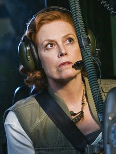 Grace Augustine, technically a xenobotanist, conducts participant observation and uses other ethnographic methods from cultural anthropology among the Naa'vi in Avatar. Avatar Theme, Avatar Movie, Alien 1979, Live Action Movie, Action Movies, Ghostbusters, Sigourney Weaver Avatar, Avatar James Cameron, Stephen Lang