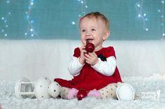 ŚWIĄTECZNA SESJA Z HENIĄ - Mamine Skarby by Magda Jasińska Children, Young Children, Boys, Child, Kids, Children's Comics, Kids Part, Babies, Kid