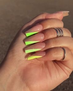 If Your Looking the best Acrylic Nail Art Designs for Wedding, Summor, Winter and Spring we have them all plus have nail art tutorials. Aycrlic Nails, Neon Nails, Swag Nails, Hair And Nails, Coffin Nails, Neon Nail Colors, Argyle Nails, Summer Acrylic Nails, Best Acrylic Nails