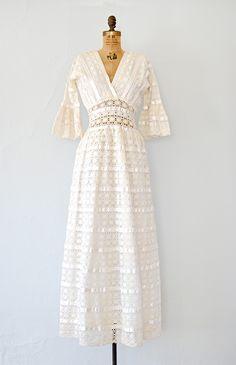 Lady of the Canyon : Vintage & Vintage Inspired Clothing, Adored Vintage, Portland Oregon