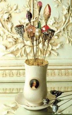 queenbee1924:  'Queen Victoria's' hatpin holder (via Hat pins  holders)