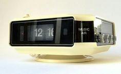SALE vintage seventies flip alarm radio by FabulousPlastics Flip Alarm Clock, Digital Alarm Clock, Retro Vintage, Etsy, Life, Projection Alarm Clock