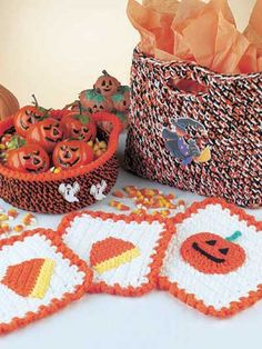"""Free pattern for this cute """"Halloween Set""""...includes basket, candy bag & potholders!"""