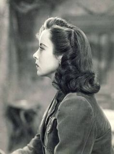 1940s hair style..❤️❤️