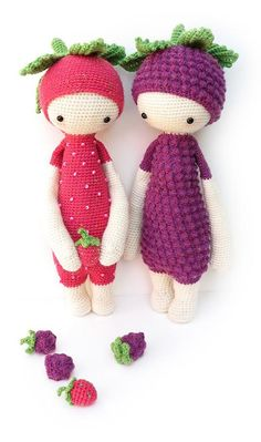 You want to crochet those yummy little strawberries and blackberries you spot on some of ERNA and BERT's photos? Go ahead! Here's the delicious crochet pattern!