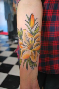 lilium #ink #tattoo Tiger Lily Tattoos, Flower Tattoos, Color Tattoos, Ankle Foot Tattoo, Photorealism, Skin Art, Comfortable Outfits, Tattoo Inspiration, Watercolor Tattoo