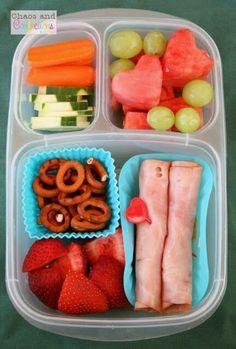 Fruta, verdura, jamón, botanita.... ¡Todo en un mismo lugar!